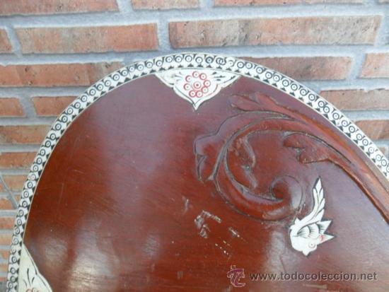 Instrumentos musicales: guitarra larga con incrustaciones de hueso - Foto 3 - 38599356