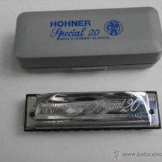Instrumentos musicales: HARMONICA CON ESTUCHE MARINE BAND M.HOHNER LETRA B ESPECIAL 20 HARMONICA-52. Lote 39950996