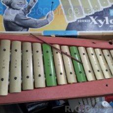 Instrumentos musicales: XILÓFONO ANTIGUO HOHNER XYLO EN CAJA SIN BAQUETAS. Lote 40160538