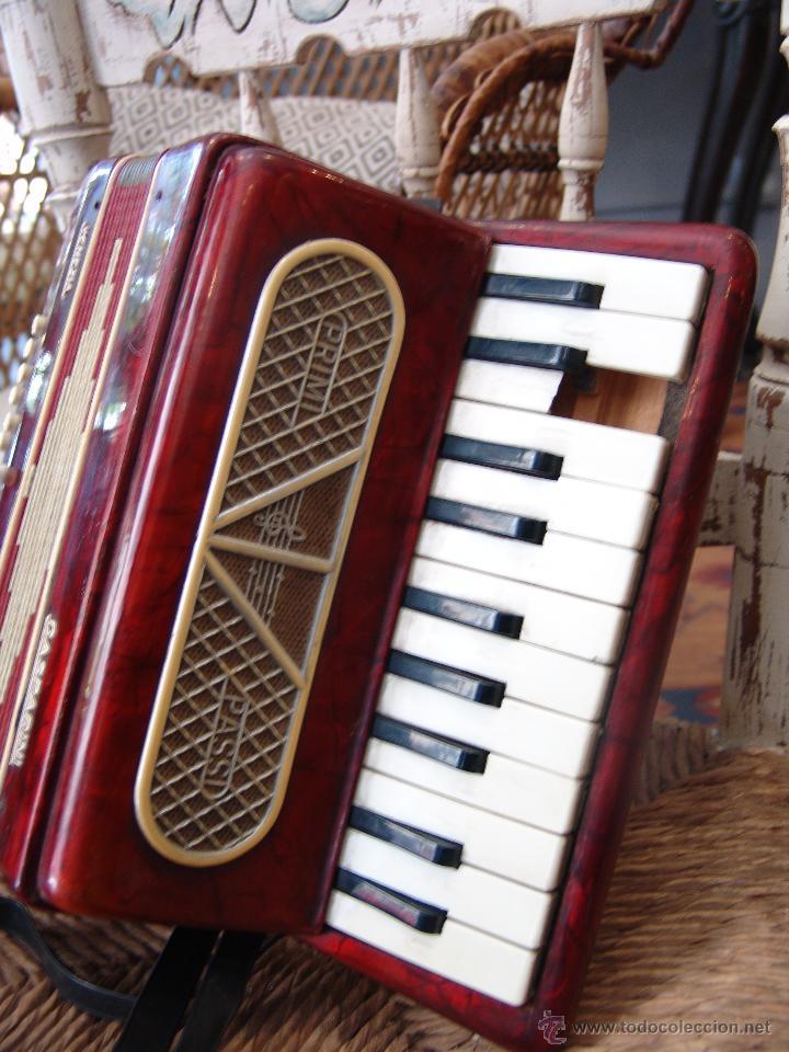 Instrumentos musicales: ANTIGUO ACORDEÓN PEQUEÑO - Foto 2 - 41686176
