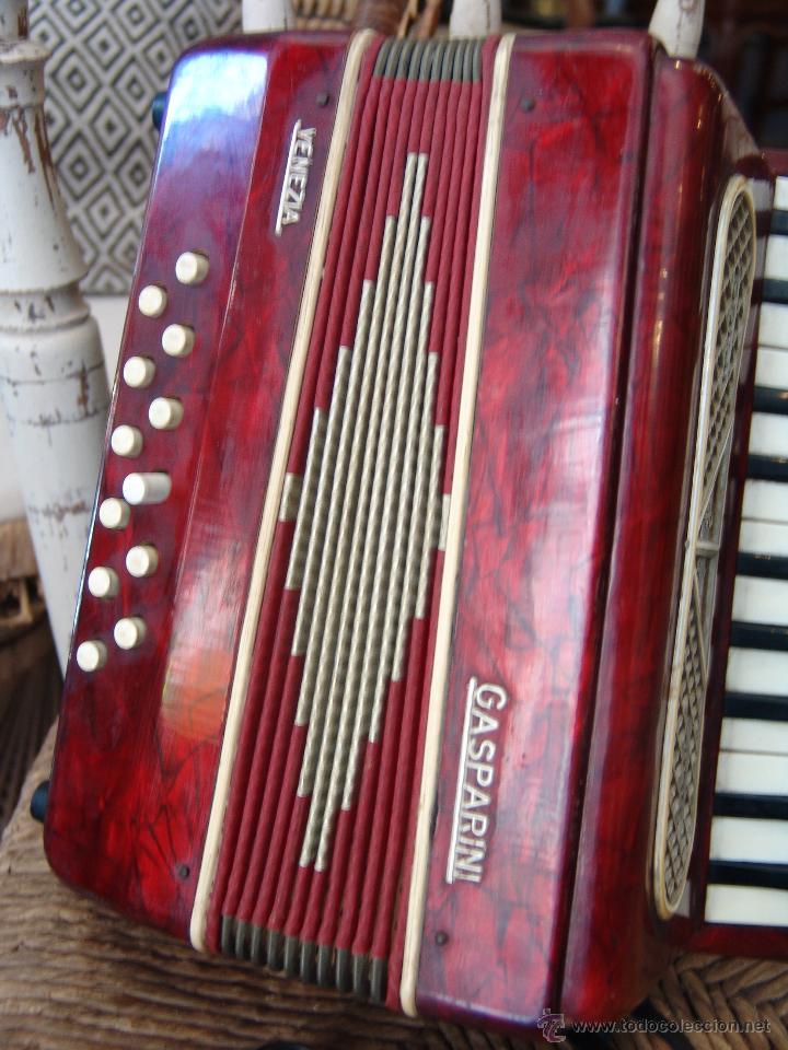 Instrumentos musicales: ANTIGUO ACORDEÓN PEQUEÑO - Foto 3 - 41686176