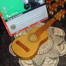 Instrumentos musicales: ANTIGUA GUITARRA DE JUGUETE MADERA 31CM IND. ARGENTINA AÑO 1960. Lote 42395747