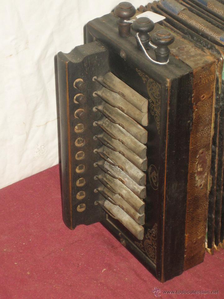 Instrumentos musicales: ACORDEON REGAL MELODION. GERMANY - Foto 2 - 43599728