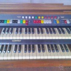 Instrumentos musicales: ÓRGANO, LOWREY, MAJIC GENIE LAWREY. CON MUEBLE DE MADERA DE NOGAL.FUNCIONANDO PERFECTAMENTE.. Lote 44106150