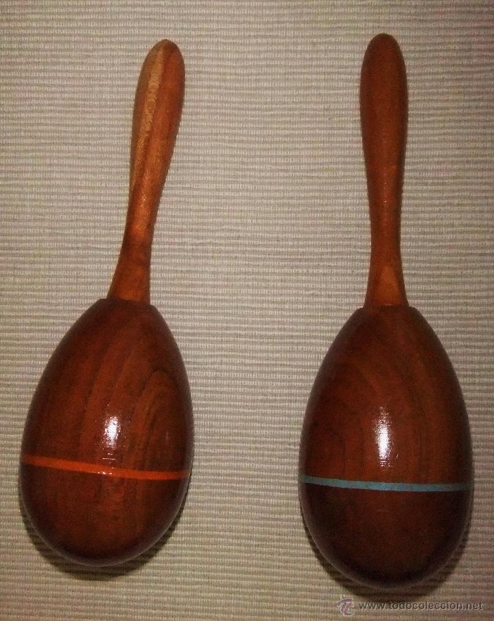 Instrumentos musicales: JUEGO DE MARACAS DE MADERA CON FIGURAS DE BAILAOR Y SEVILLANA PINTADOS - Foto 3 - 44725700