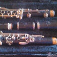 Instrumentos musicales: ANTIGUO CLARINETE DE MADERA DE ÉBANO. NOBLET PARIS . COMPLETO CON MALETA.. Lote 95752882