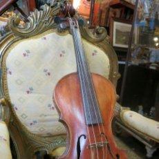Instrumentos musicales: VIOLIN ANTIGUO, EN EL INTERIOR ETIQUETA CON FIRMA W. PEITE 1934 OSWESTRING. Lote 45362970