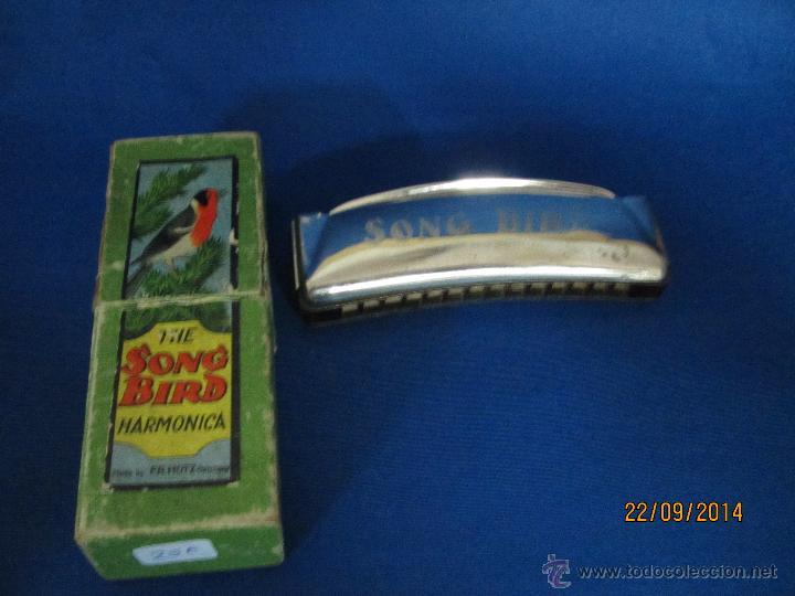 Instrumentos musicales: Antigua Armónica * THE SOND BIRD * Made in Germany en Caja Original - Año 1970s. - Foto 4 - 45372690
