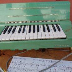 Instrumentos musicales: HOHNER ORGANETTA, ANTIGUA ALEMAN AÑO 1958. Lote 45388988