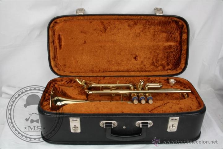 Instrumentos musicales: Trompeta Amati Kraslice - Fabricada en Checoslovaquia - Con Funda y Boquilla - 57 x 16 x 25 Cm Caja - Foto 2 - 47166219