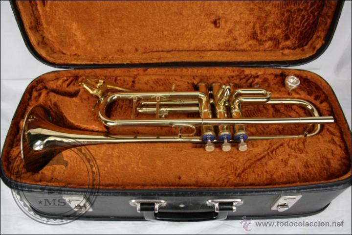Instrumentos musicales: Trompeta Amati Kraslice - Fabricada en Checoslovaquia - Con Funda y Boquilla - 57 x 16 x 25 Cm Caja - Foto 3 - 47166219