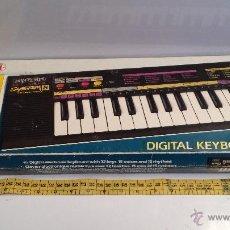 Instrumentos musicales: ORGANO ELECTRONICO BONTEMPI BT 204 - ITALIA - FUNCIONANDO. Lote 47289960