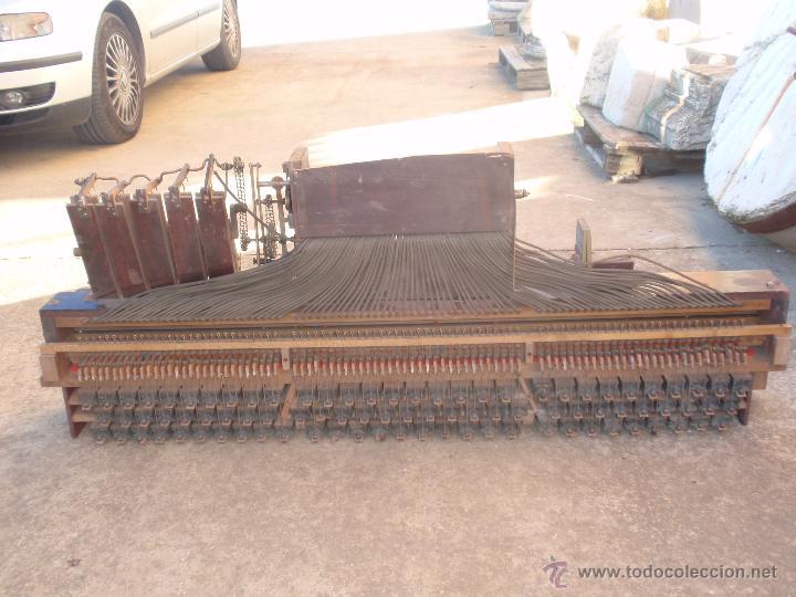 Instrumentos musicales: Pianola antigua maquinaria interior. Marca Sterling - Foto 2 - 47845673