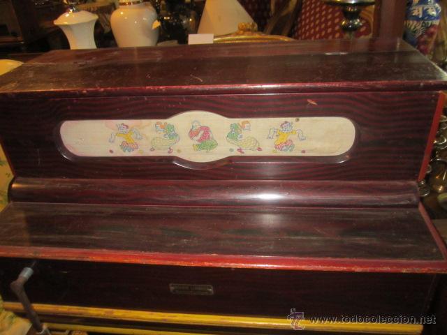 Instrumentos musicales: Antiguo organillo Vicente Llinares - Barcelona, con dos rodillos. Funcionando.Clavijero nuevo. - Foto 2 - 48143521