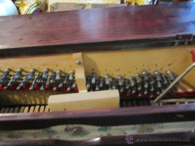Instrumentos musicales: Antiguo organillo Vicente Llinares - Barcelona, con dos rodillos. Funcionando.Clavijero nuevo. - Foto 4 - 48143521