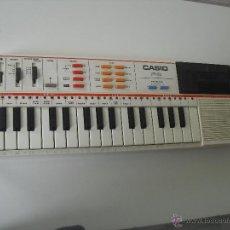Instrumentos musicales: TECLADO ELECTRICO, ORGANO CASIO PT-82. FUNCIONANDO CORRECTAMENTE. INCLUYE MEMORIA ROM. Lote 150316117