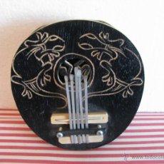 Instruments Musicaux: PEQUEÑA ARPA TRIBAL DE PERCUSION ¡MUY RARA!. Lote 48684728