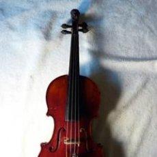 Instrumentos musicales: VIOLÍN CABEZA DE LEÓN ORIGEN ALEMÁN PUENTE Y CLAVÍJAS BARROCAS. Lote 48809123