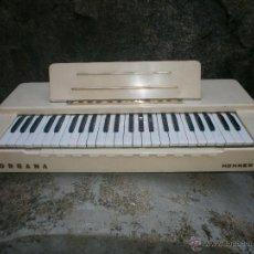 Instrumentos musicales: ANTIGUO ORGANO ELECTRICO - ORGANA HONNER FUNCIONANDO 220 V - MEDIDA 68 X 32 CM. ALTURA 16 CM. . Lote 49167037