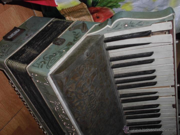 Instrumentos musicales: SELL FILARMONICA ACORDEON ANTIGUA PAOLO SOPRANI E FIGLI CASTELFIDARDO ITALIA CON PIEDRAS PEGADAS - Foto 15 - 191168920