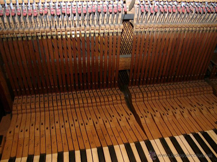 Instrumentos musicales: PIANO ANTIGUO MARCA RONISCH. AÑO 1880. CLAVIJERO METÁLICO. - Foto 4 - 49642944