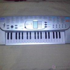 Instrumentos musicales: TECLADO CASIO 100 TONES Y PILAS .FUNCIONA. Lote 50653303