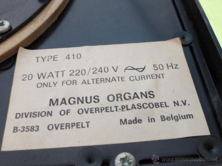 Instrumentos musicales: ÓRGANO ELÉCTRICO VINTAGE MAGNUS MAJOR ROJO - ORIGINAL AÑO 1969 - FABRICADO EN BÉLGICA-FUNCIONANDO - Foto 2 - 50737736