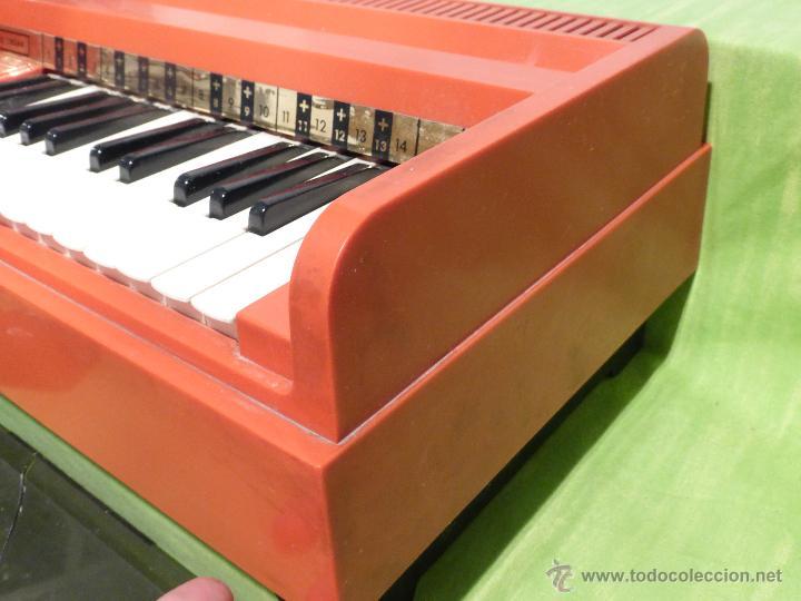 Instrumentos musicales: ÓRGANO ELÉCTRICO VINTAGE MAGNUS MAJOR ROJO - ORIGINAL AÑO 1969 - FABRICADO EN BÉLGICA-FUNCIONANDO - Foto 7 - 50737736