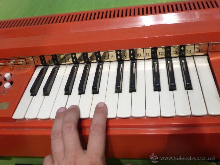 Instrumentos musicales: ÓRGANO ELÉCTRICO VINTAGE MAGNUS MAJOR ROJO - ORIGINAL AÑO 1969 - FABRICADO EN BÉLGICA-FUNCIONANDO - Foto 11 - 50737736