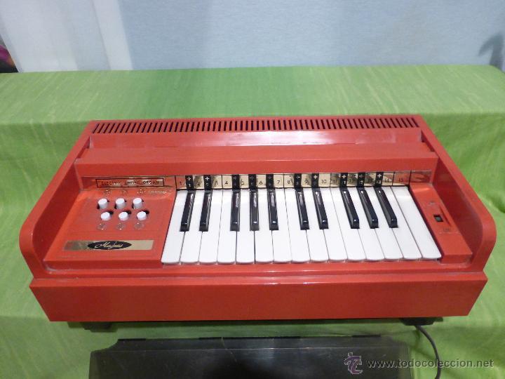 Instrumentos musicales: ÓRGANO ELÉCTRICO VINTAGE MAGNUS MAJOR ROJO - ORIGINAL AÑO 1969 - FABRICADO EN BÉLGICA-FUNCIONANDO - Foto 12 - 50737736
