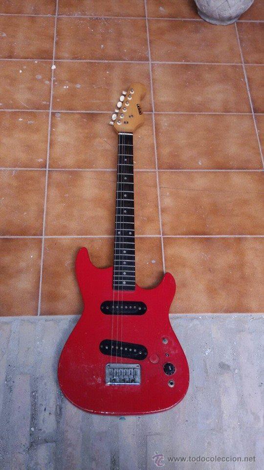 GUITARRA ELECTRICA (Música - Instrumentos Musicales - Guitarras Antiguas)
