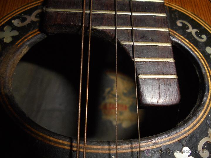Instrumentos musicales: ANTIGUA MANDOLINA - DIFERENTES MADERAS , MARQUETERIAS , NACAR ( MADRE PERLA ) HUESO ETIQUETA INTERIO - Foto 9 - 51029313