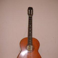 Instrumentos musicales: GUITARRA MARCA APMIRA MODELO MALAGA CON FUNDA LE FARTAN DOS CUERDAD Y A FUNDA HAY QUE CANBIAR CREMAL. Lote 52364200