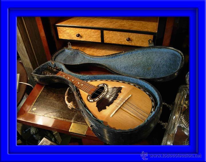 FANTASTICA MANDOLINA DE MADERA DE PALISANDRO Y NACAR CON SU CAJA (Música - Instrumentos Musicales - Cuerda Antiguos)