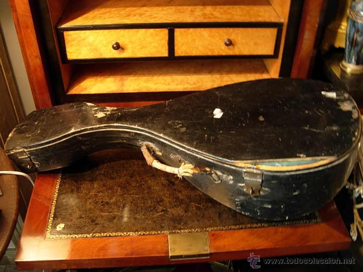 Instrumentos musicales: FANTASTICA MANDOLINA DE MADERA DE PALISANDRO Y NACAR CON SU CAJA - Foto 9 - 52699940