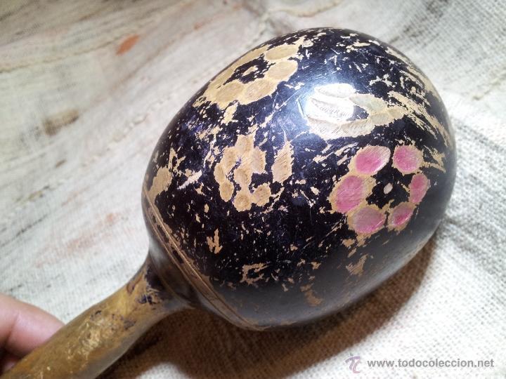 Instrumentos musicales: antigua maraca siglo xix enteriza madera de una pieza. - Foto 14 - 53272822