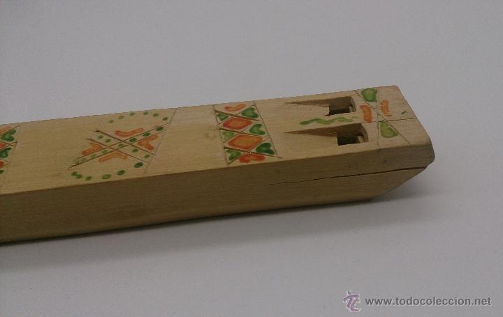 Instrumentos musicales: Flauta antigua doble en madera de estilo arte etnográfico pastoril , ( BULGARIA ). - Foto 7 - 87548807