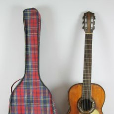 Instrumentos musicales: GUITARRA ESPAÑOLA. PERTENECIENTE AL MAESTRO ANTONIO FRANCISCO SERRA. SIGLO XIX-XX.. Lote 48771682