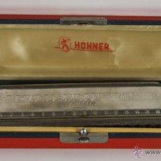 Instrumentos musicales: HARMONICA HOHNER. 64 CHROMONICA PROFESIONAL MODEL. CON ESTUCHE ORIGINAL EN MADERA. MED. S XX.. Lote 45621429