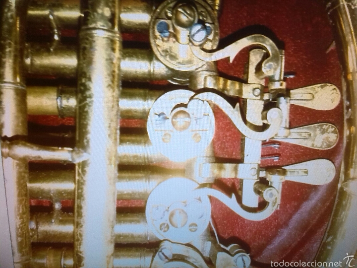 Instrumentos musicales: Trompa antiguo instrumento - Foto 3 - 55786339