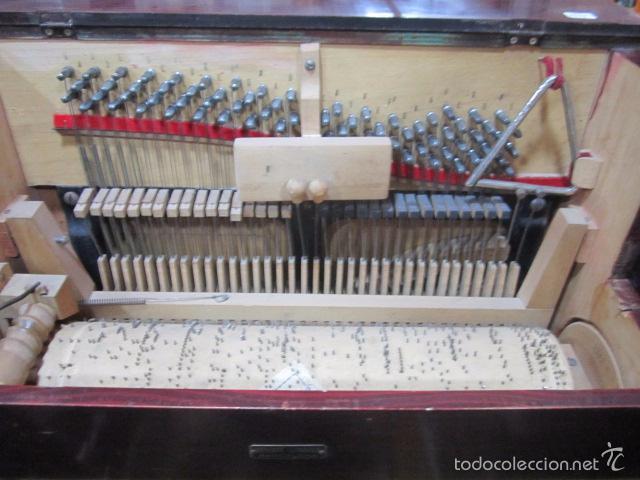 Instrumentos musicales: Antiguo organillo Vicente Llinares - Barcelona, con dos rodillos. Funcionando.Clavijero nuevo. - Foto 10 - 48143521