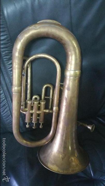 BONITA REPLICA DE TUBA DE METAL. (Música - Instrumentos Musicales - Viento Metal)