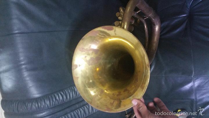 Instrumentos musicales: BONITA REPLICA DE TUBA DE METAL. - Foto 5 - 232296025