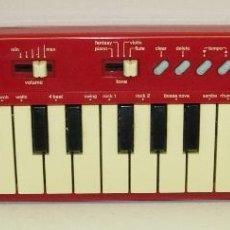Instrumentos musicales: TECLADO ORGANO ELECTRONICO CASIO PT-10 ROJO. Lote 140801525