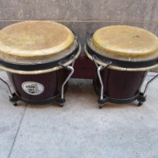 Instrumentos musicales: 2 TAMBORES UNIDOS DE MADERA Y PIEL DE MARCA ONE RHYTHM. Lote 57565249