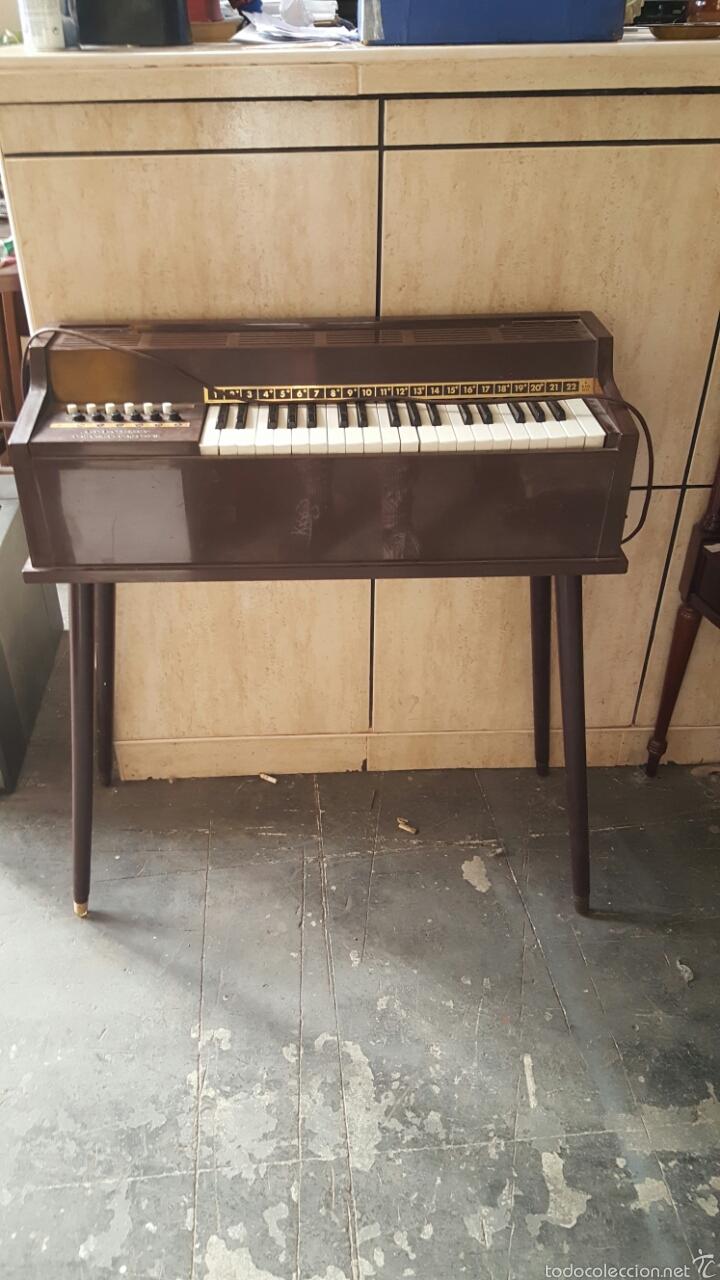 ORGANO MINOR BB ELECTRIC CHORD ORGAN (Música - Instrumentos Musicales - Teclados Eléctricos y Digitales)