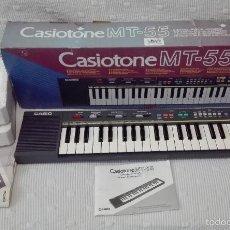 Instrumentos musicales: VINTAGE TECLADO ELECTRONICO ORGANO CASIO CASIOTONE MT-55 MT55 MT 55 CON CAJA Y MANUAL EN CASTELLANO. Lote 59703679