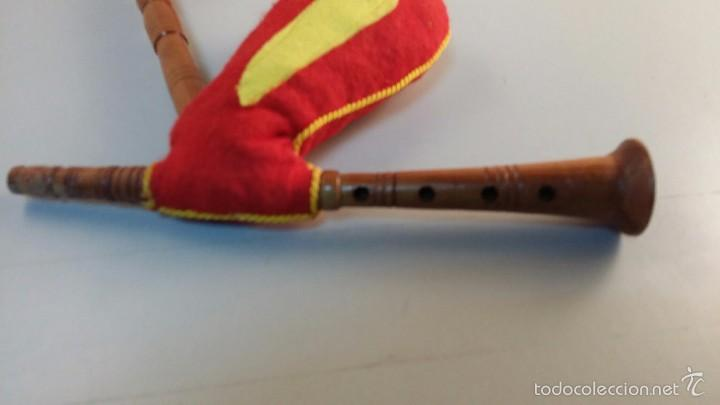 b7da00a49 Instrumentos musicales: Pito de madera Gaita de juguete. Tamaño 40x20 cm  aprox - Foto