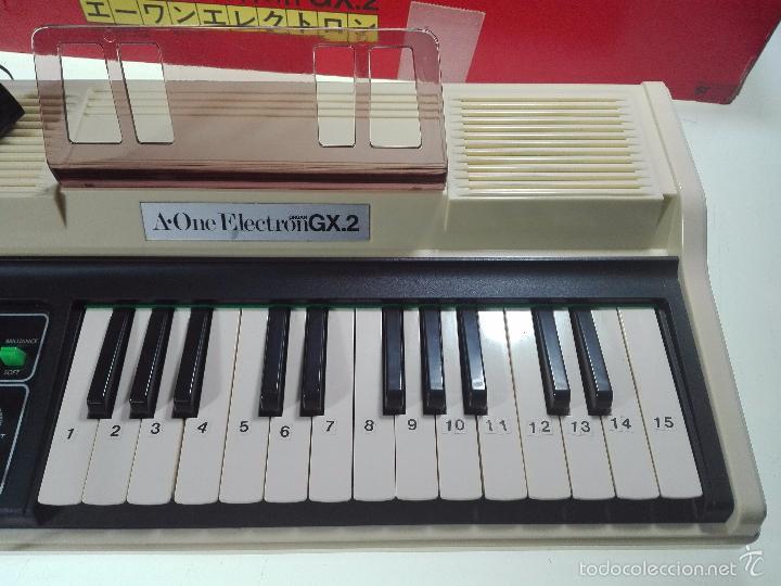 Instrumentos musicales: ESPECTACULAR ORGANO O TECLADO A-ONE ELECTRON GX.2 - ALTAVOZ - MICRO - FUNCIONANDO - 74 X 31 CM - - Foto 7 - 60207407