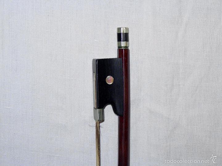 Instrumentos musicales: VIOLIN. MARCA AL FUEGO VINCENZO RUGIERI. CREMONA. 1727. ESTUCHE Y ARCO. - Foto 29 - 53870301